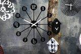 Sfeerafbeelding van Koziol Pinball solid black 45 cm klok