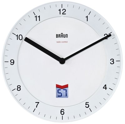Braun BNC006 wit 20 cm radiogestuurde klok